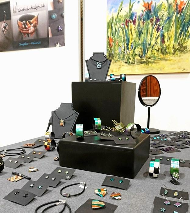 Anne-Mette og Marie Weinreich arbejder i smykker. Privatfoto