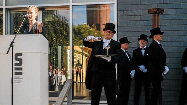Der var masser af høje hatte, både på billederne og foran museet Foto: Skagens Kunstmuseer Skagens Kunstmuseer