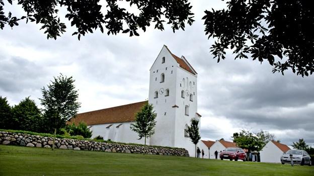 Hals Kirke afholder gudstjeneste kl. 11.00 søndag 10. februar.Arkivfoto: Henrik Louis