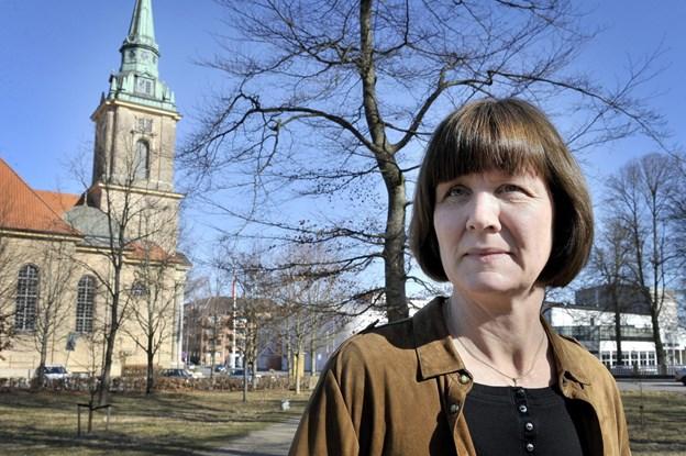 Korshærspræst Lena Bendtsen fortæller ved Seniortræf i Karmelkirken om sit virke. Arkivfoto: Michael Koch