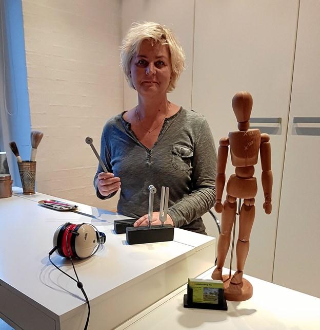Malene Groes Sloth har netop åbnet klinik under navnet: Lydbehandling Als på Teglvænget. Foto: privat