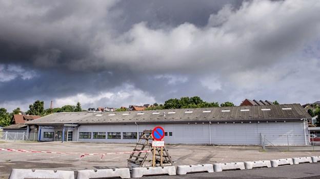 Butikskæden Rema 1000 har købt den centralt beliggende grund, Brogade 1, som tidligere husede Stark. Arkivfoto: Lars Pauli
