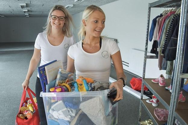 Konceptet indebærer, at man køber en stand og sælger sit brugte børnetøj, legetøj og andet udstyr til børn og betaler kommision til Little Reusers.