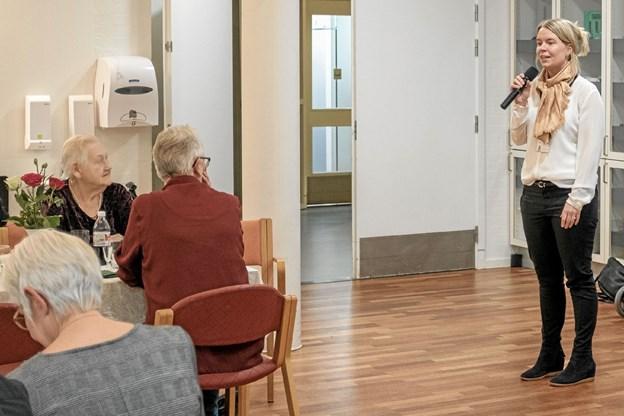 """Anne Riisager fra BDO fremlagde rapporten fra det uanmeldte kontrolbesøg på Smedegården, som resulterede i bedømmelsen """"Meget tilfredsstillende"""". Foto: Niels Helver Niels Helver"""