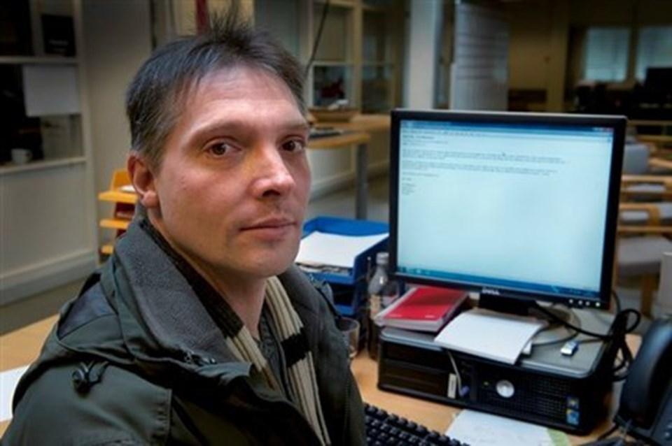 Peter Mortensen,