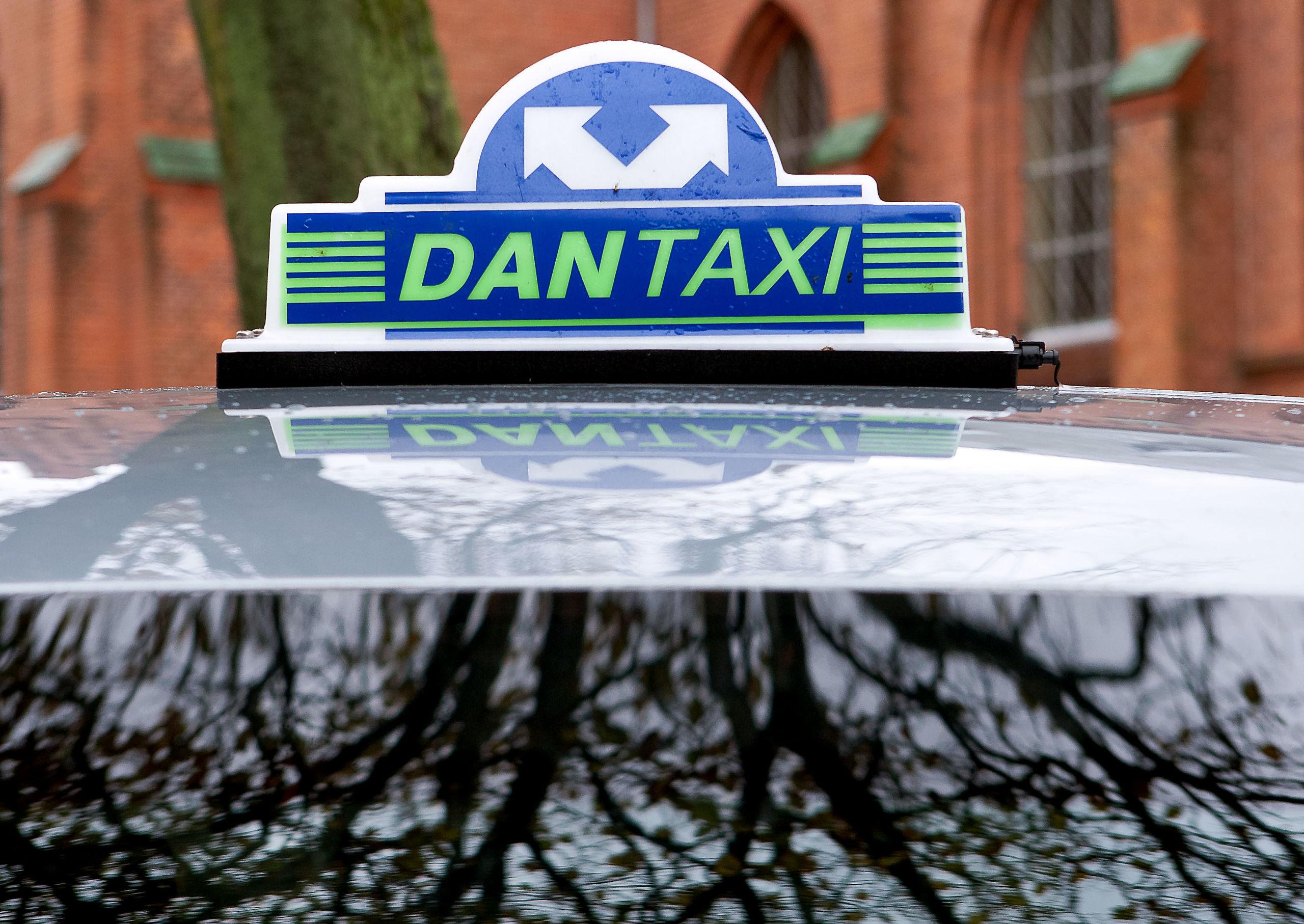 Dantaxi 4x48 er et landsdækkende taxi-selskab og har hyrevogne i de fleste større byer landet over. Arkivfoto