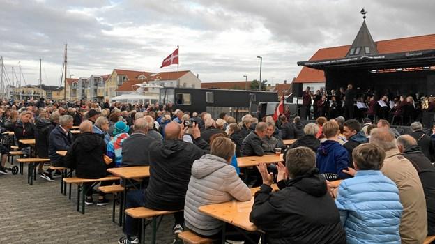 Musikkorps Sæby fik tilskuerne på en sejltur op ad åen.