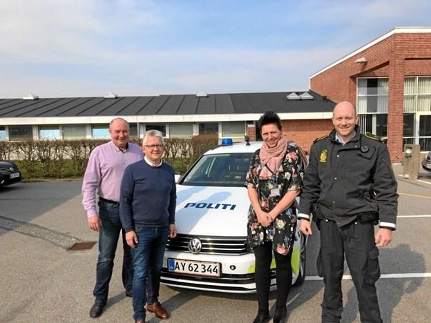 Jens Lau, Spar Nord, Peter Andersen, NORDJYSKE Medier, samt Gitte Gotfredsen og Rasmus E. Rasmussen fra politiet i Hjørring.Privatfoto