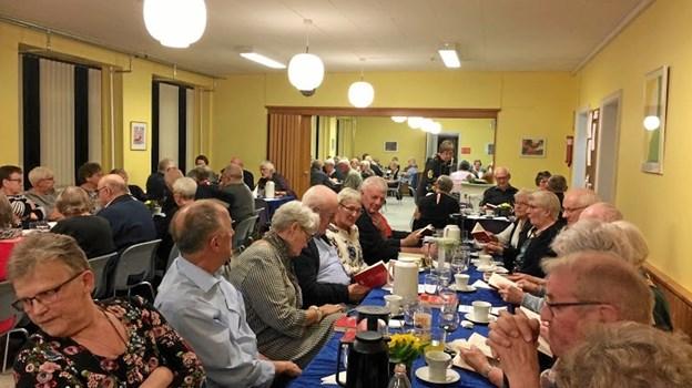 Tilstrømningen var nærmest overvældende til Ældre Sagens årsmøde i Løgstør. Privatfoto