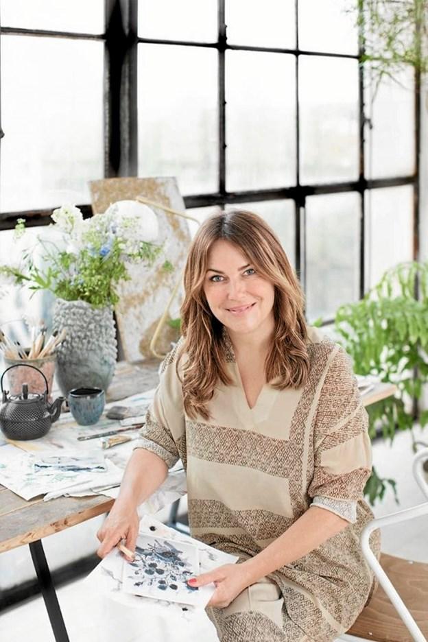 Louise Dorph er en kendt og meget benyttet designer og stylist, og hun vil pynte romantisk op i restauranten, således at den spændende valentinsmenu får den helt rigtige ramme.Foto: PR-foto PR-foto