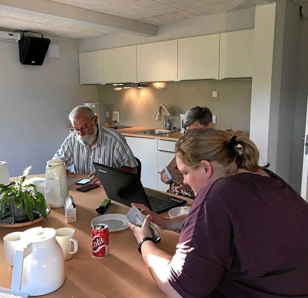 Foreningen fik i 2018 sine egne foreningslokaler. Billedet er fra det første bestyrelsesmøde i de nye lokaler. Inventaret blev sponseret af Velux Fonden.
