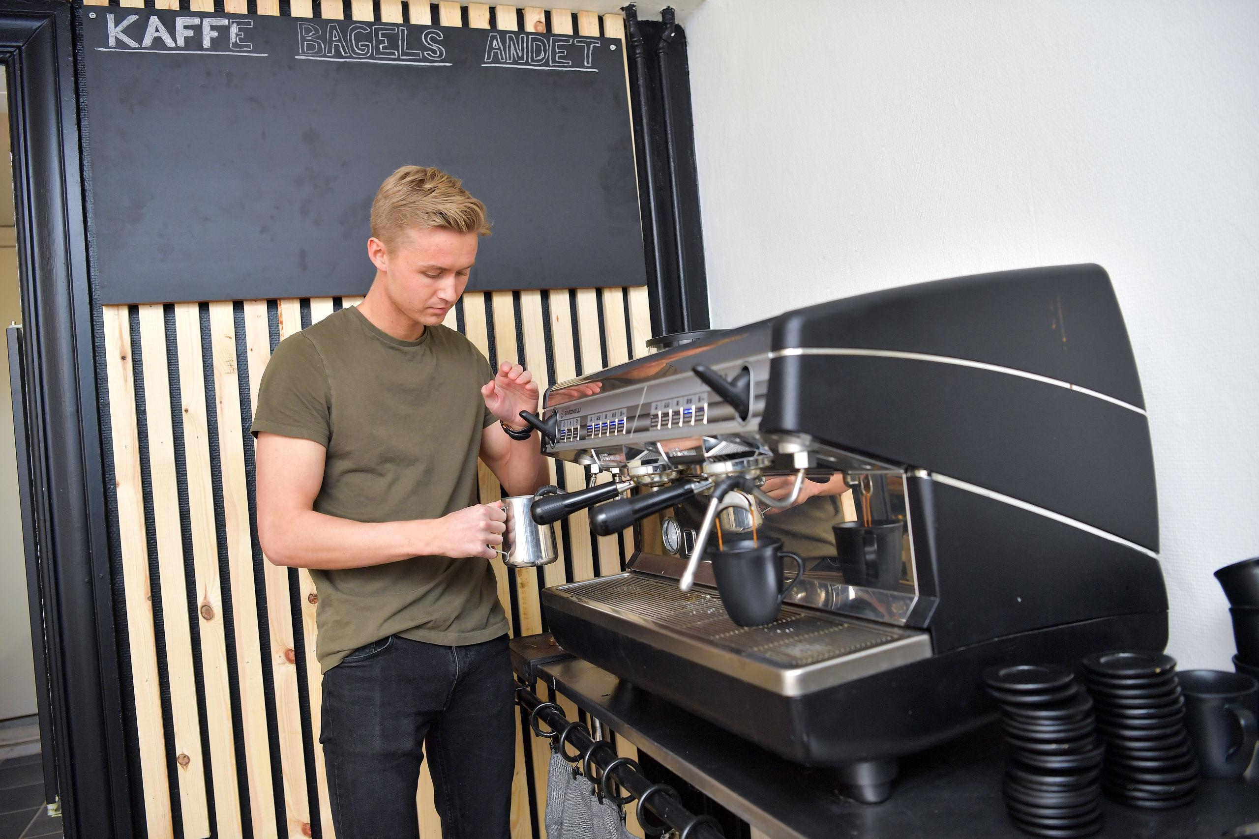 Nyt fedt kaffe-koncept i Vesterå: Her koster alt en 20er