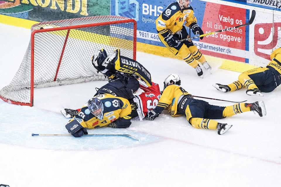 Foto: Torben HansenAalborg, Gigantium Isarena (Cool East Arena)7. og afgørende semifinalekamp i Metal Ligaen mellem Aalborg Pirates-Esbjerg Energy