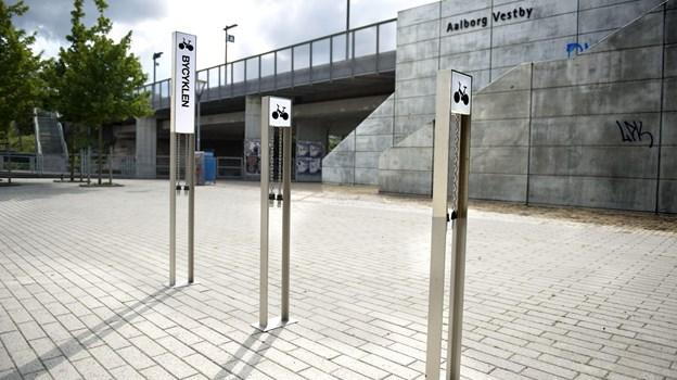Elevatorer på Aalborg Vestby Station skal renoveres - i fire uger må du finde andre løsninger, hvis du er gangbesværet eller har barnevogn med.Arkivfoto: Torben Hansen