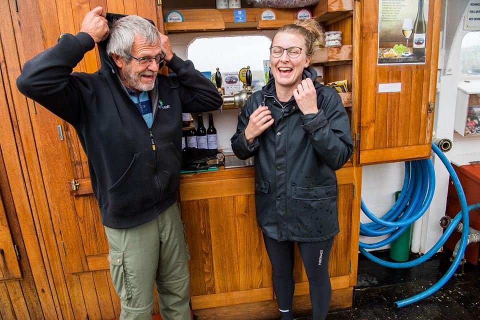 Niels Kolding, Bryggeriet Håndgjow, og Marianne Korsgaard, Gaardbageriet, har små virksomheder, der profiterer af aktiviteterne på færgen Foto: Diana Holm