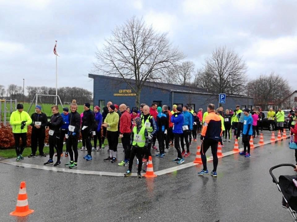Gudumholm Julemaraton har udviklet sig til en succes. Det er tredje år, løbet arrangeres. Sidste år deltog 68 løbere, og i år har langt over hundrede ind til videre meldt sig til. Privatfoto