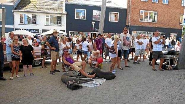 Hadsund Handel har også torsdag sørget for god underholdning på lørdag. AktivFoto: hhr-freelance.dk
