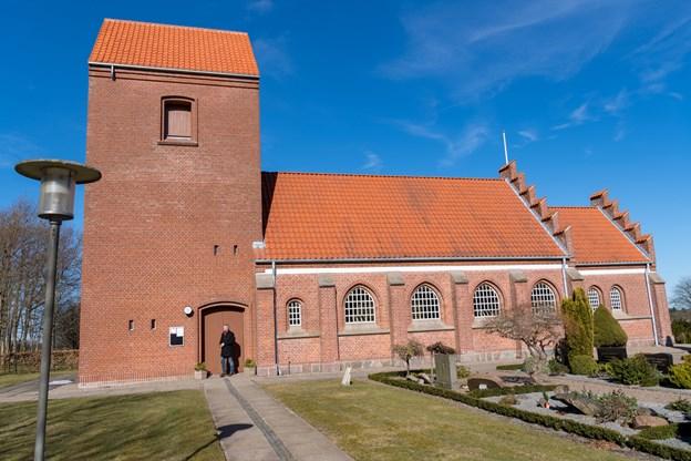 Der er mulighed for at komme til gudstjeneste i Dorf Kirke kl. 14.00 søndag 24. marts.Arkivfoto: Kim Dahl Hansen