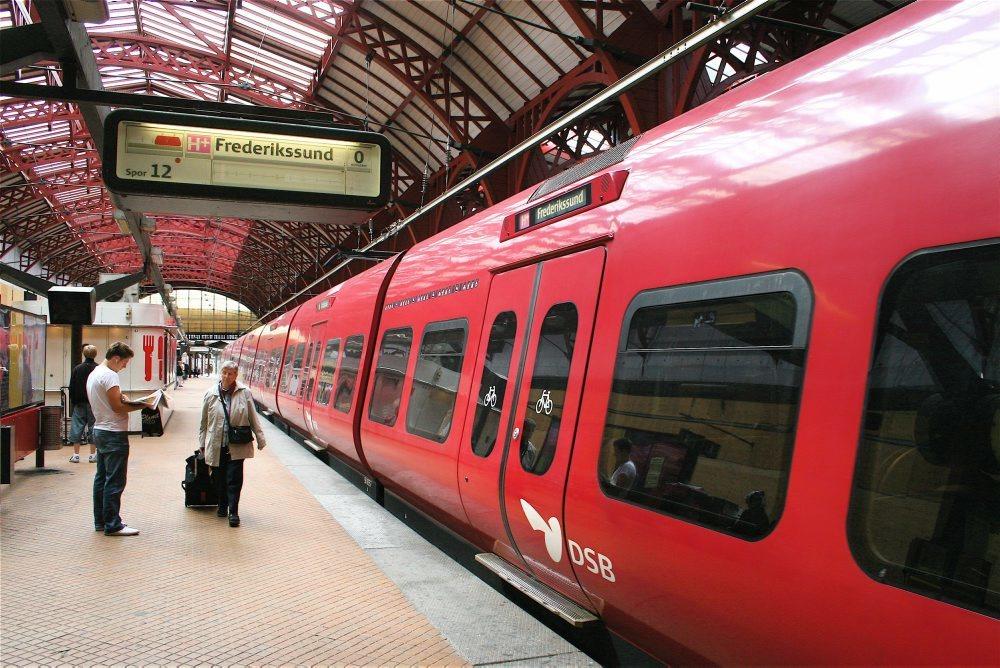 Betal 21 procent mindre for din metrobillet som kvinde i Berlin i dag Rekordmange danskere fik en sprøjte mod influenza.