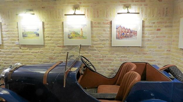 Anna Brix Studsholts billeder i det unikke galleri. Foto: Kirsten Olsen