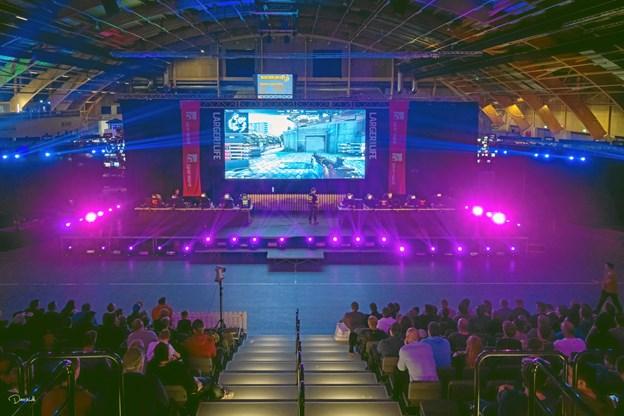 Finalerne i turneringerne kan følges på storskærm - derudover bliver hele weekenden streamet internationalt.PR-foto