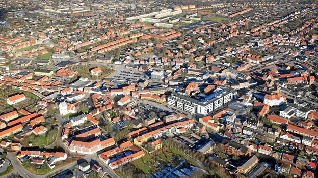 Flere borgere flytter fra land til by end omvendt.   ?Luftfoto: Hans Hunderup
