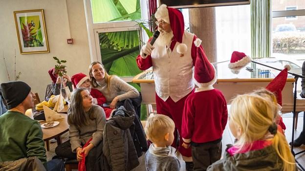 Der er juletræsfest på søndag