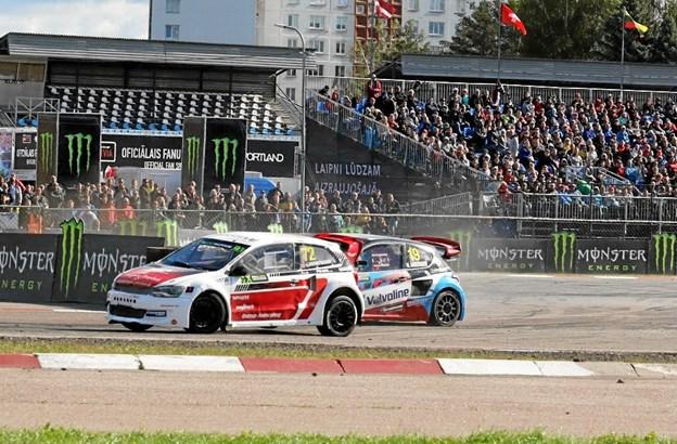 Et talstærkt publikum fulgte sidste runde i Letland. Privatfoto