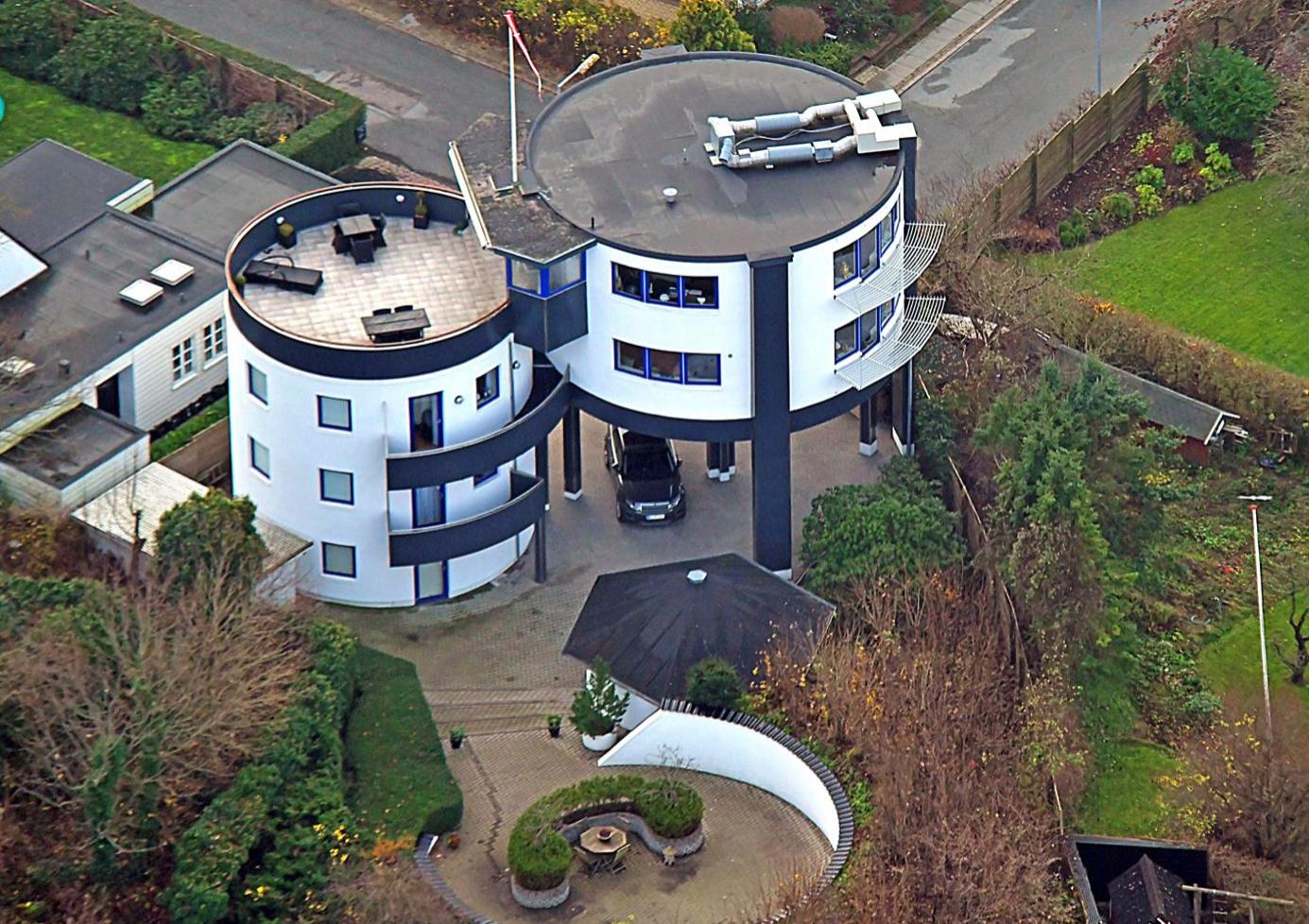 Få dit eget vandtårn: Vild villa sat til salg