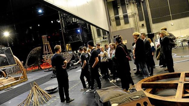 Turen bød blandt andet på rundvisning på det nye skuespilhus. Privatfoto Allan Mortensen
