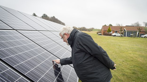 Der har været intenst klimafokus i Frederikshavn i rigtig mange år dels med etableringen af Energibyen - og dels ved en masse konkrete projekter som Frederikshavn Boligforenings afdeling Askevej i Gærum, der for 6-7 år siden fik opført 420 kvadratmeter med solceller.