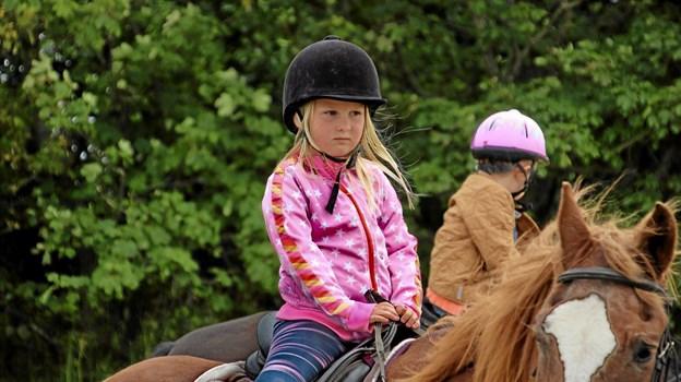 Så er hun klar til en ridetur. Foto: Hans B. Henriksen Hans B. Henriksen