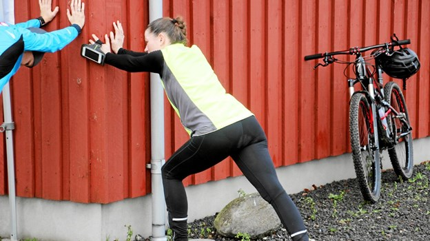 Så strækkes der ud efter løbet! Foto: Hans B. Henriksen Hans B. Henriksen