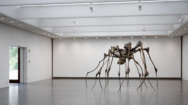 Du kan se Louise Bourgeois gigantiske edderkoppepar, når Twilight Zone udstilles på Kunsten. PR Foto