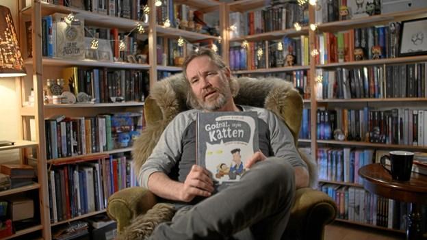 """Den nordjyske forfatter Glenn Ringtved har skrevet bogen """"Godnat sagde katten"""", som Rebild Bibliotekerne sender ud til alle kommunens børnehaver i anledning af Rebild Kulturuger. PR-foto"""