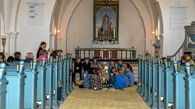 Flot tilslutning til spagettigudstjeneste i Overlade Kirke med efterfølgende trillen med æg og fællesspisning i konfirmandstuen. Foto: Mogens Lynge Mogens Lynge