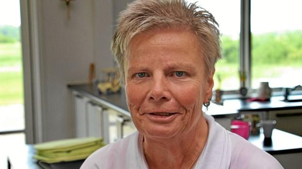 Kate Andersen fra Jernlady'erne fortalte at al overskud går til Kræftens Bekæmpelse til forskning i brystkræft. Foto: Hans B. Henriksen Hans B. Henriksen