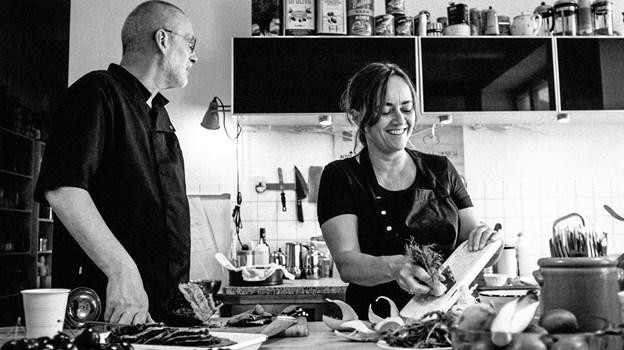 Camillos Køkken er en pop-up-restaurant. Bag potter og pander står parret Helle Marietta og Jørgen Smidstrup, som til hverdag jonglerer med mad, grafisk design, kommunikation og kreative projekter i Danmark og Berlin Pr-foto.