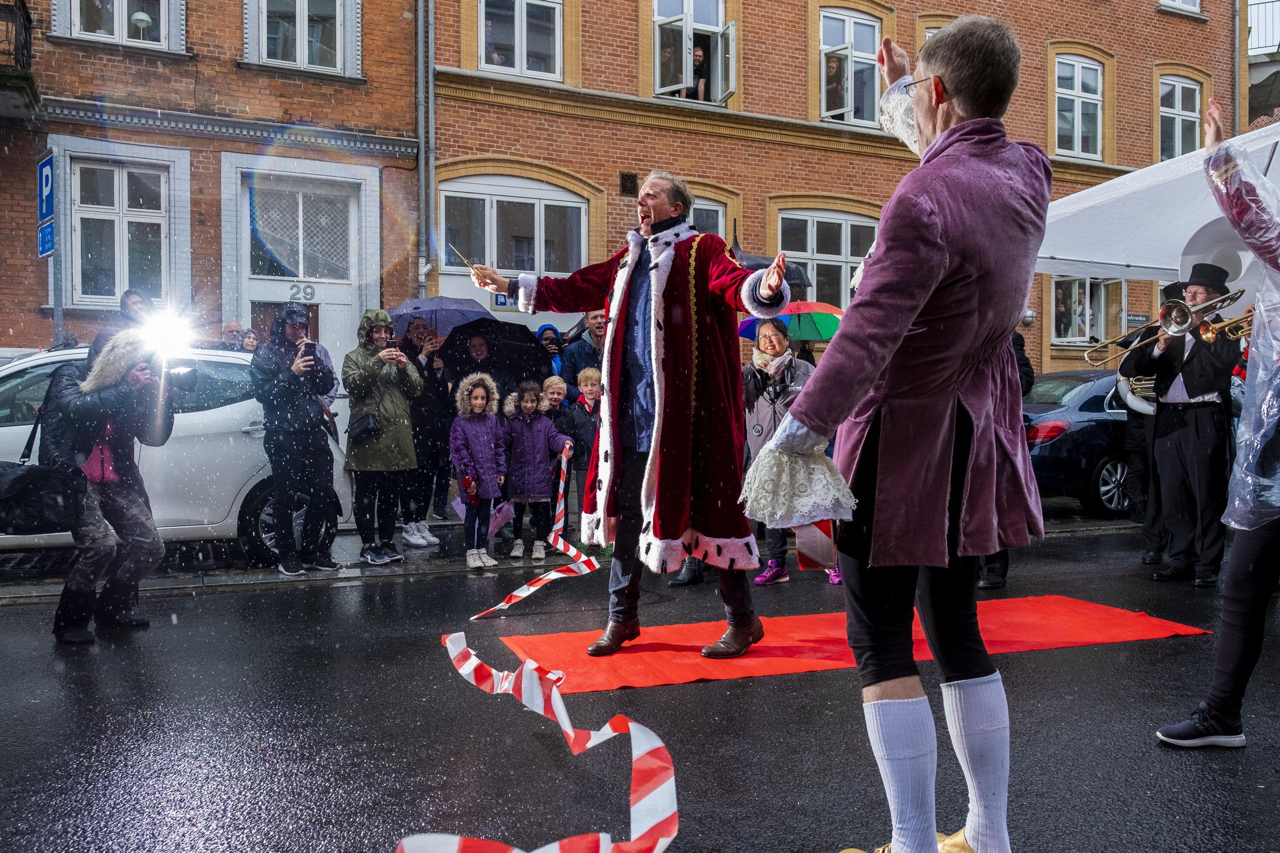 Det har i flere år været planen, at Peter Mygind en dag skulle være karnevalskonge - nu lykkedes det. Foto: Lasse Sand
