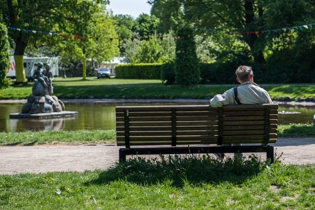 Selv om der knokles på at gøre alt klar til en uges karneval, er Kildeparken åben for byens borgere som vanligt.