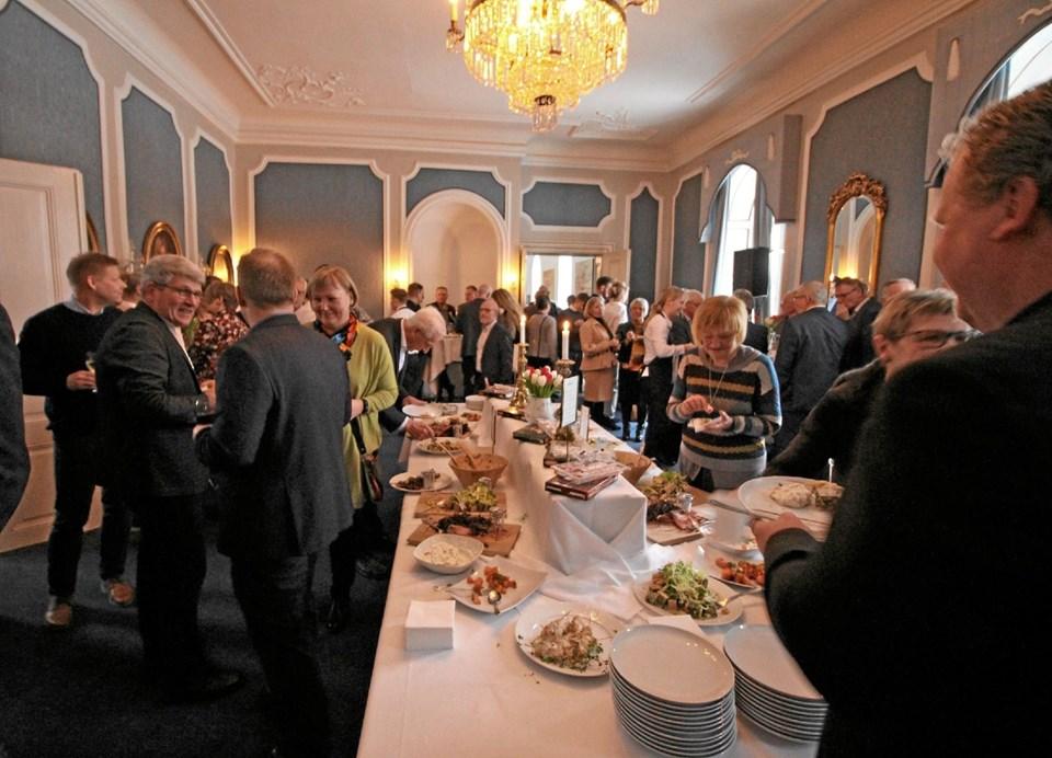 Flere hundrede gæster mødte op, da Nordex Food holdt reception på Dronninglund Slot. Foto: Jørgen Ingvardsen Jørgen Ingvardsen