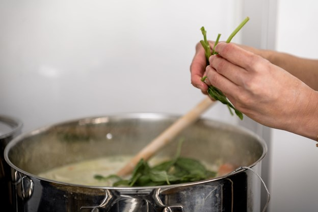 Maden er krydret, så den får den rigtige thai-smag. Foto: Nicolas Cho Meier