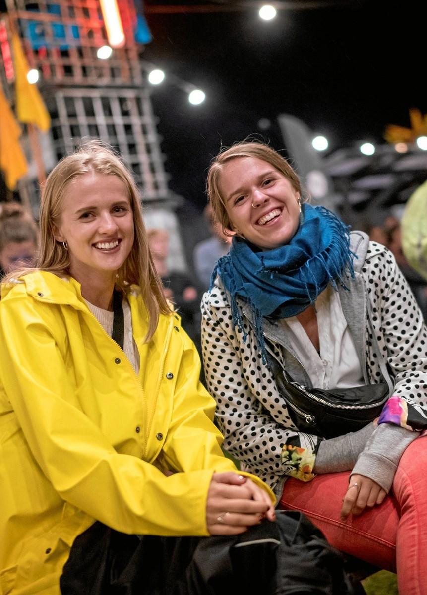 Unge ved fjorden under Kulturmødet 2018. Foto: Per Bille