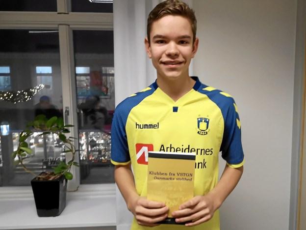 Det er ikke hverdagskost at 15-årige udgiver bøger om en hovedstadsklub.