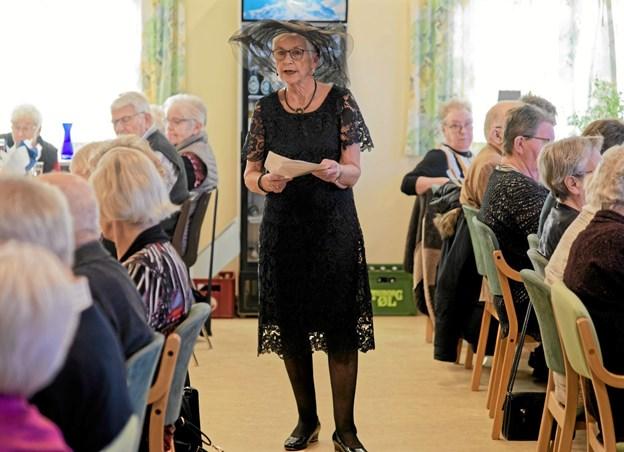 Formanden for foreningen Solgården, Ragna Eriksen, så tilbage på året der gik og fortalte om de mange spændende arrangementer foreningens medlemmer kan se frem til i 2019. Foto: Niels Helver Niels Helver