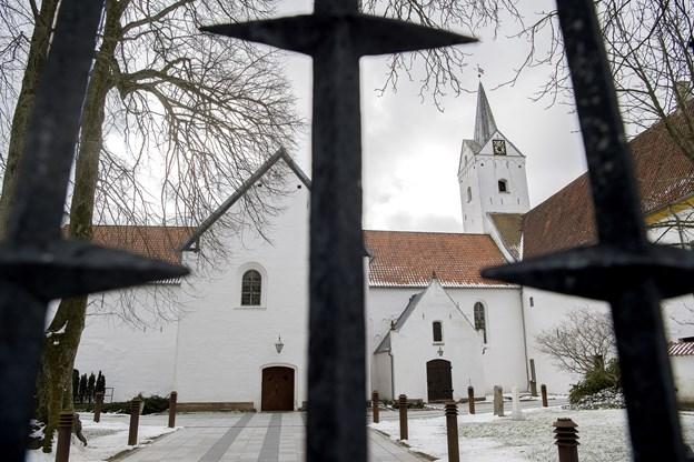 Der er gudstjeneste i Dronninglund Kirke kl. 10.00Arkivfoto: Bente Poder