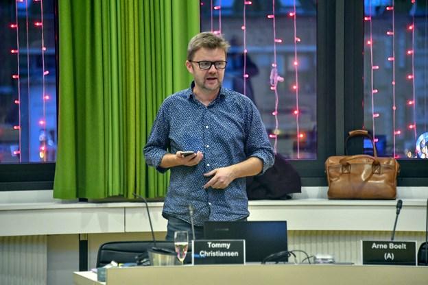 Kulturkonsulent Leif Lund håber, at den lokale handel og teaterfestivalen i april kan køre parløb, så byens gæster kan få en totaloplevelse.Foto: Kurt Bering Kurt Bering
