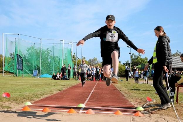Oscar var flyvende i længdespring. Foto: Tommy Thomsen Tommy Thomsen