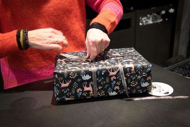 Janni Bertelsen kæmper sig ud af noget, der kunne være blevet båndsalat til julemedisteren ... Foto: Kim Dahl Hansen
