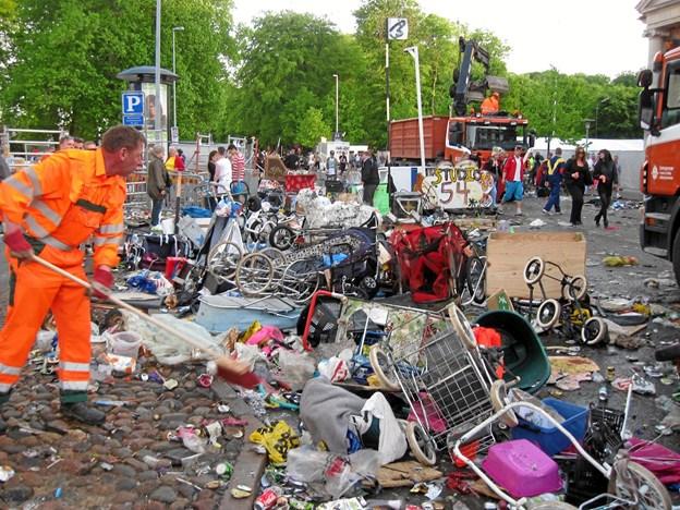 Sidste år blev der indsamlet 72 ton skrald i og omkring Kildeparken.Foto: Aalborg Karneval